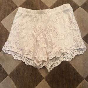 Off white fully lined lace shorts size small